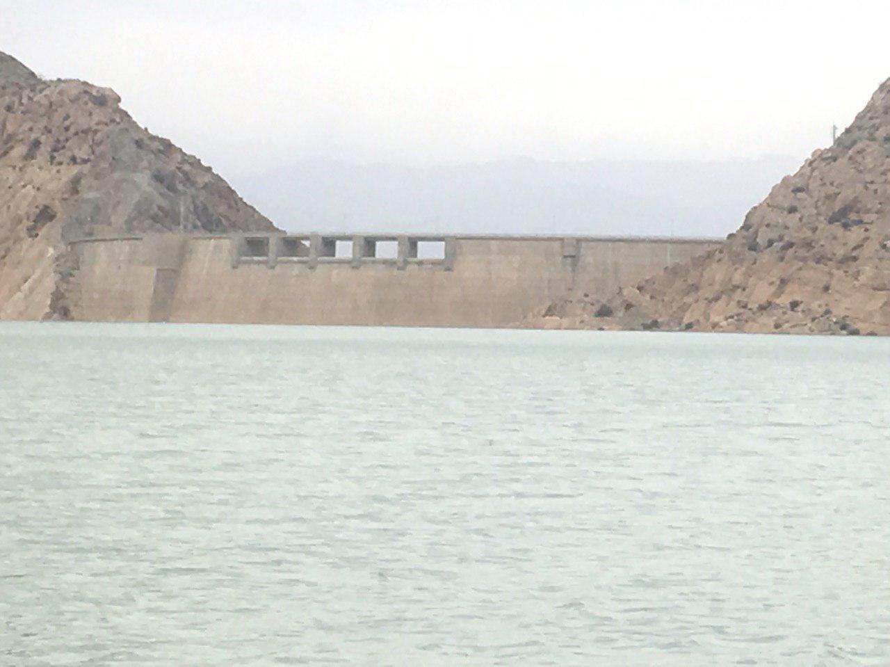 آخرین دریچه ی سد ساوه هم  زیر آب رفت