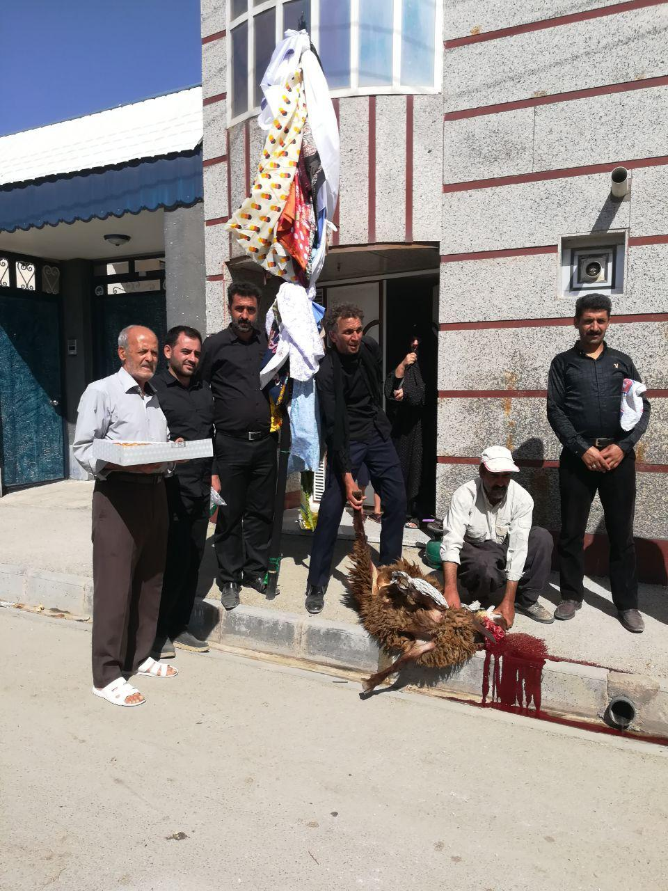 سنت علم گردانی در غرق آباد